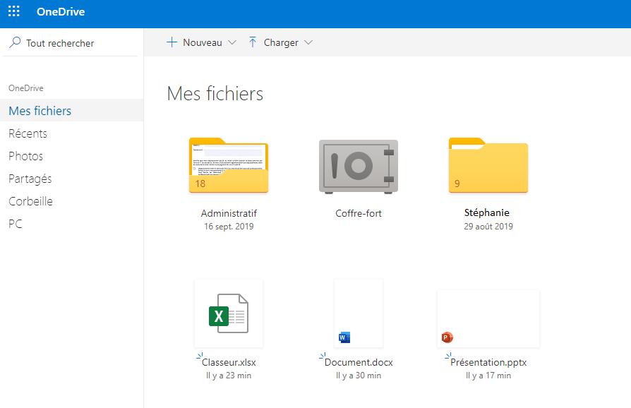 Au centre, les dossiers et documents contenus dans OneDrive. A gauche, les différentes catégories de fichiers
